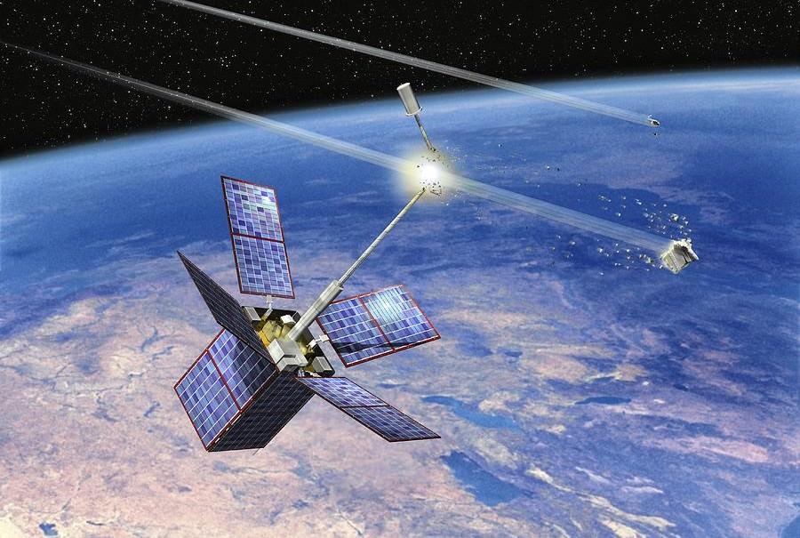 В России разработали спутник-уничтожитель космического мусора