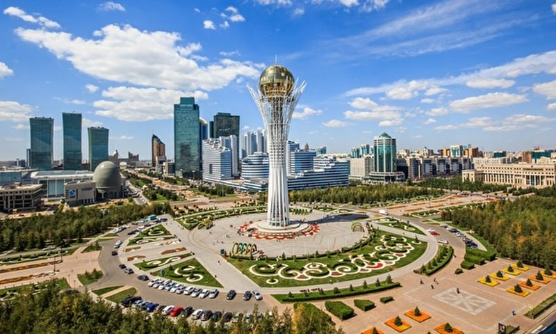 Парламент Казахстана переименовал Астану в Нурсултан
