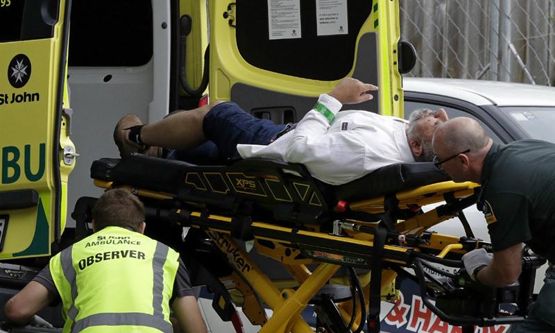 В мечетях Новой Зеландии террористы расстреляли 40 человек