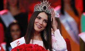 Лишенная титула «Мисс Москва» сломала корону
