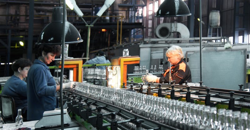 Производственный процесс Новоалександровского cтеклотарного завода