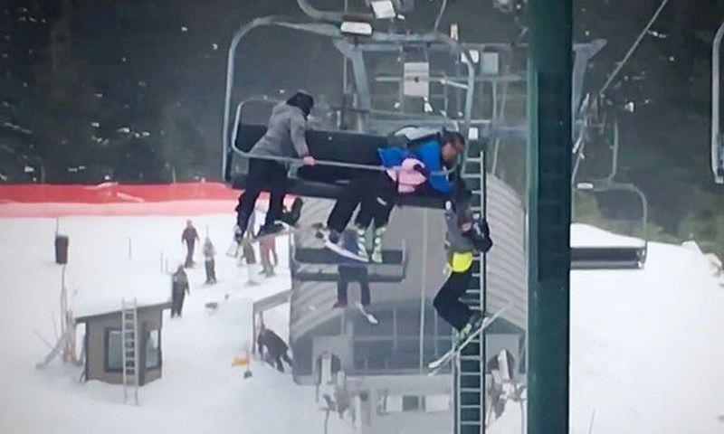 Подростки спасли мальчика, сорвавшегося с подъемника на горнолыжном курорте