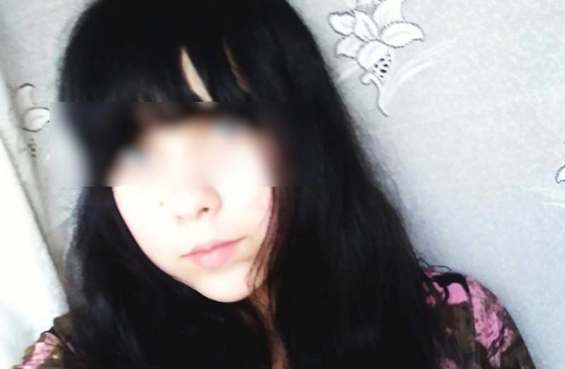 Школьница родила в туалете и спрятала тело малютки в пакет