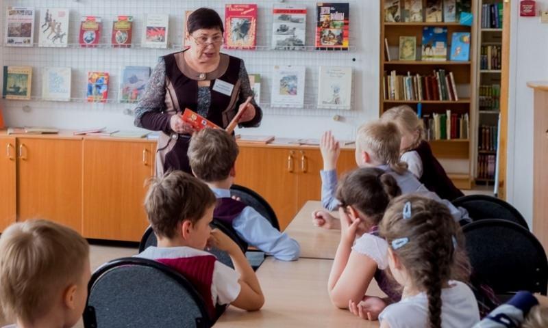 Посадить на пять лет могут учительницу, велевшую родителям учить русский язык