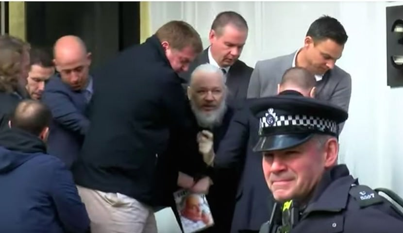 Британская полиция арестовала Джулиана Ассанжа