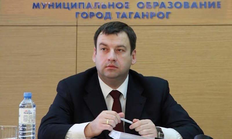 Мэр депрессивного Таганрога стал журналистом, чтобы писать только о хорошем