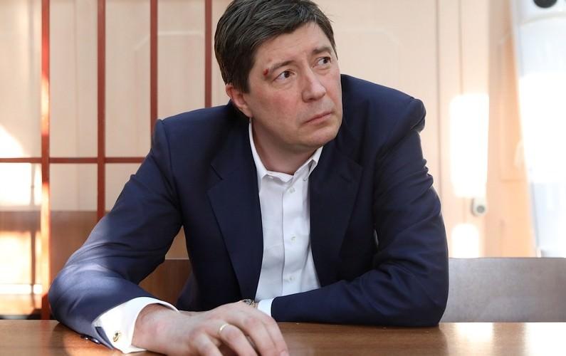 ФСБ задержала главного акционера банка «Югра» за хищение семи миллиардов рублей