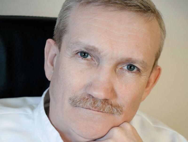 Неонатолог Валерий Буштырев
