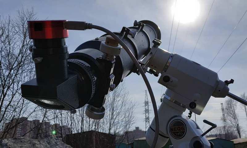 Российский фотограф заснял пролёт МКС на фоне Солнца
