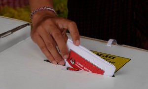Более 90 членов избирательных комиссий  умерли в Индонезии от переутомления