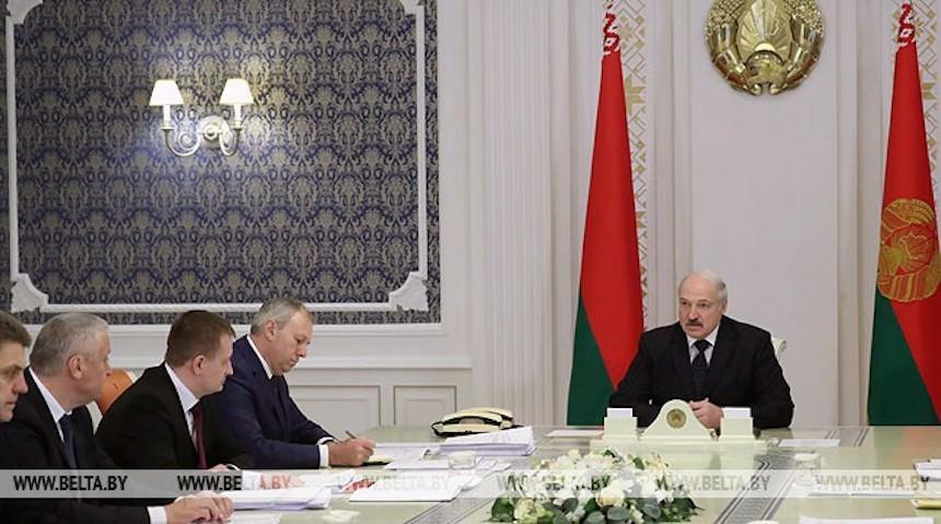 Лукашенко надоело, что Россия бьет по щекам