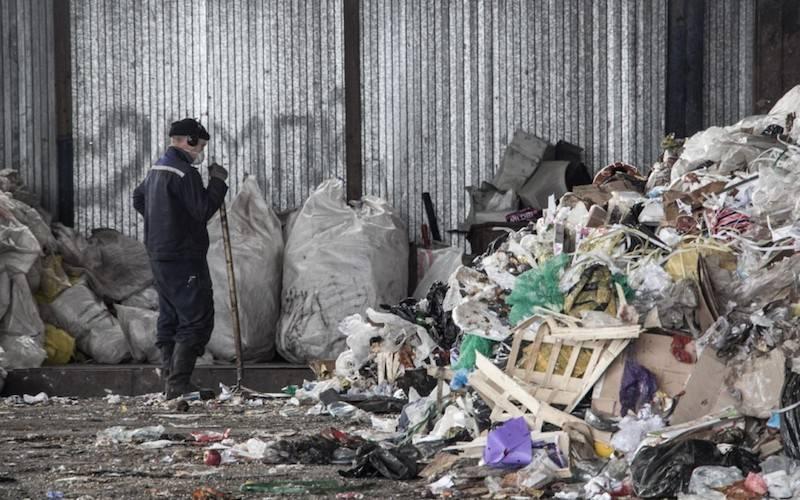 Заключенных заставят сортировать мусор по предложению Медведева