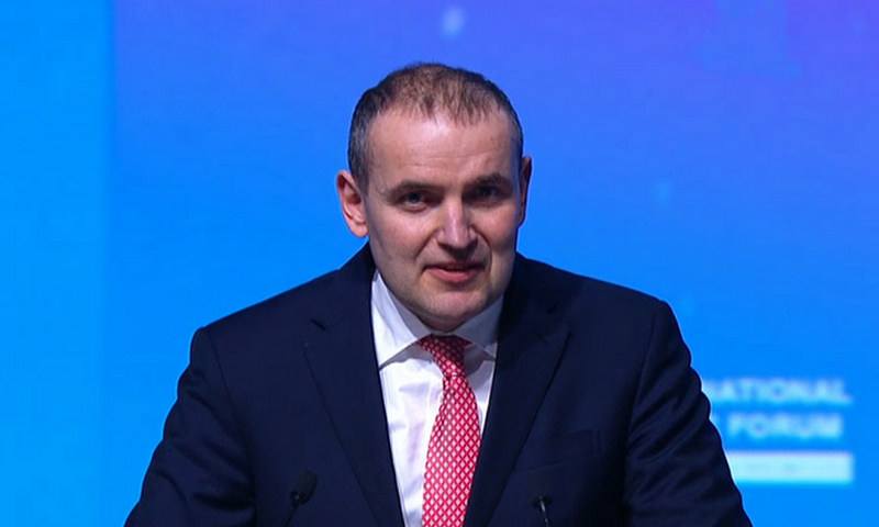 Президент Исландии заговорил по-русски о дружбе