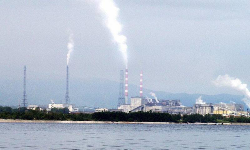 С 2010 года в Байкал попало 15 тысяч тонн вредных веществ