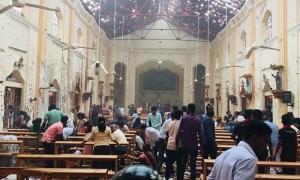 В церквях и гостиницах  Шри-Ланки произошли  взрывы. Более 130 погибших