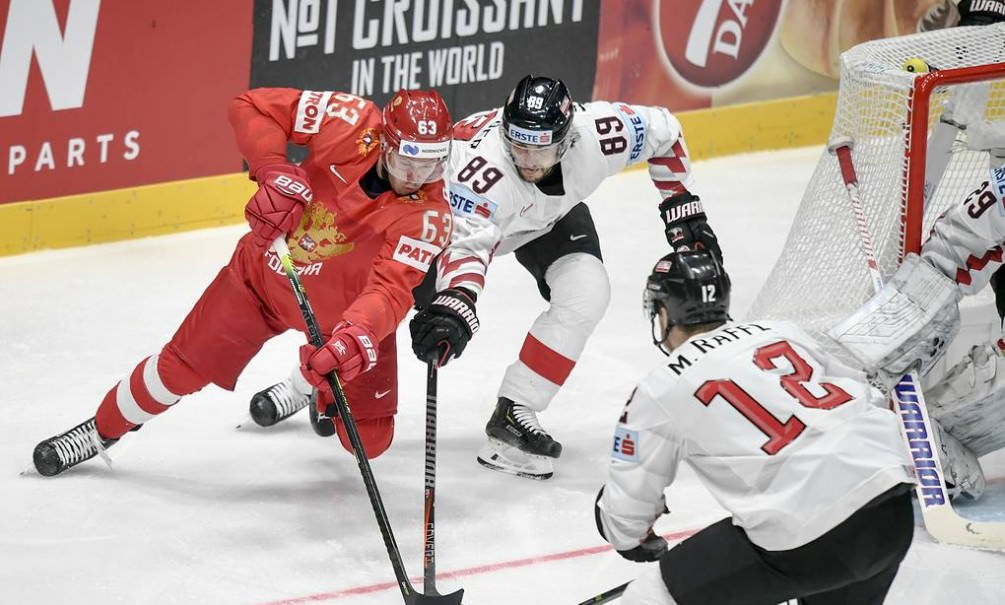 Сборная России по хоккею разгромила австрийцев в матче чемпионата мира