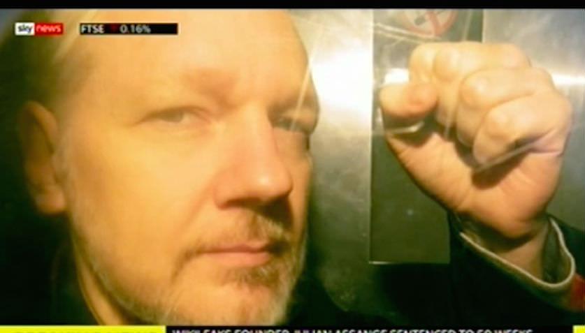 Суд Лондона вынес приговор главе WikiLeaks Ассанжу, и это еще не всё