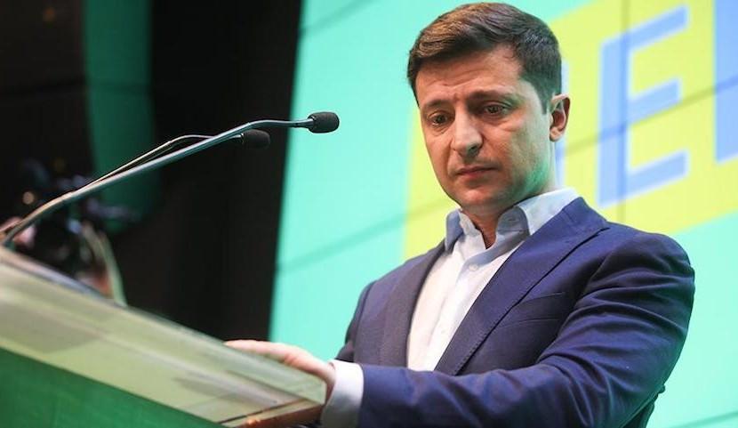 Зеленский выразил соболезнование россиянам в связи с катастрофой в Шереметьево