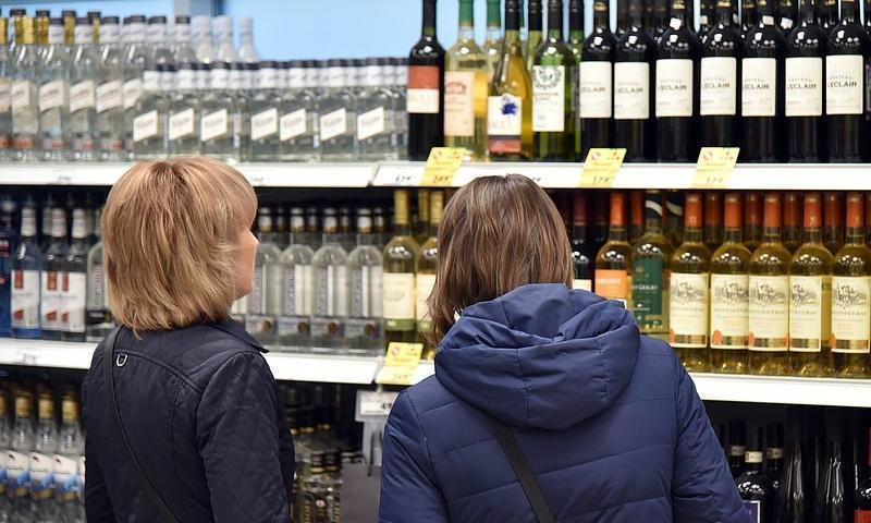 ВЦИОМ: россияне стали больше пить