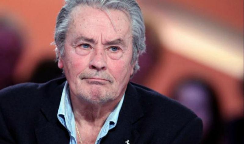 Скандал в Каннах правозащитницы призвали не награждать Алена Делона из-за сексизма