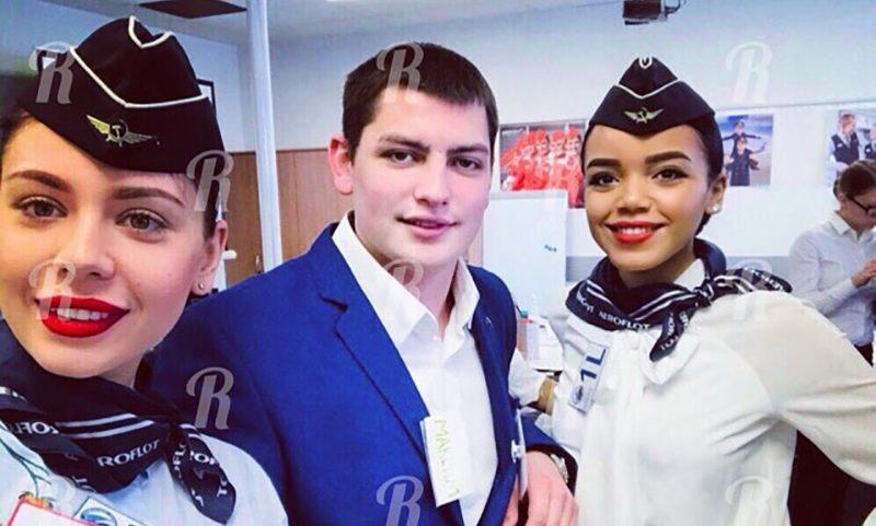 Бортпроводник погиб, спасая  пассажиров из горящего  самолета в