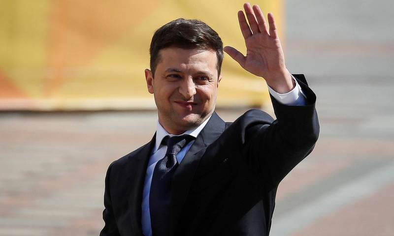 Владимир Зеленский стал президентом Украины и распускает Верховную раду