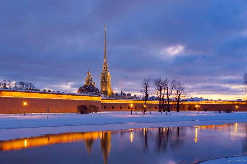 На экскурсию в Санкт-Петербург в любое время!