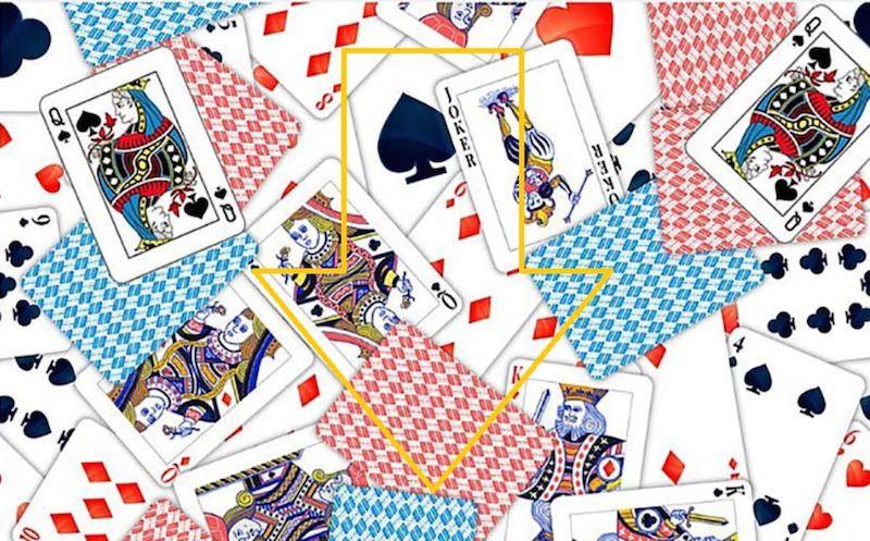 Ищем Джоконду в карточной колоде
