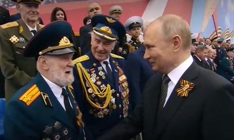 Ветеран ВОВ — Путину: Я восхищён вашей операцией с Крымом!