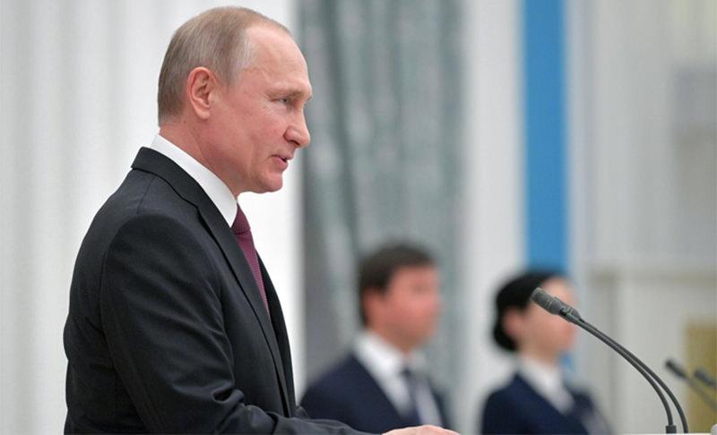 Путин подписал закон о повышении пенсии ветеранам войны