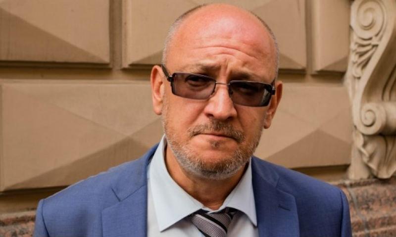 Максим Резник отстаивает позиции оголтелого быдла в Сети