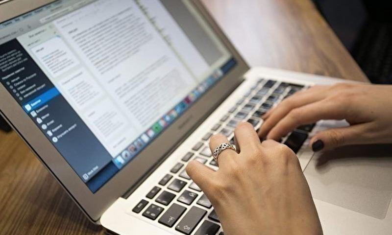 ВЦИОМ: половина россиян не представляет, как жить без интернета