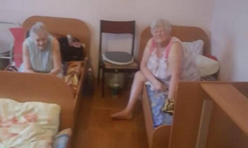 В Барнауле работают приюты, где стариков держат в жутких условиях
