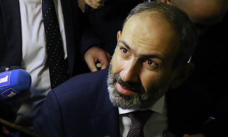 В Армении Пашинян призвал блокировать входы в здания судов