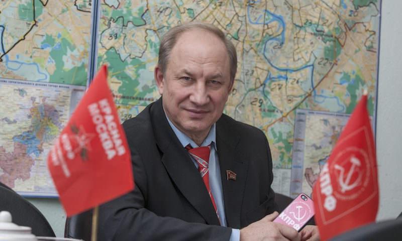 КПРФ обвинили в «сливе» кампании в Мосгордуму. Эксперты обнаружили в громком скандале «подводные камни»