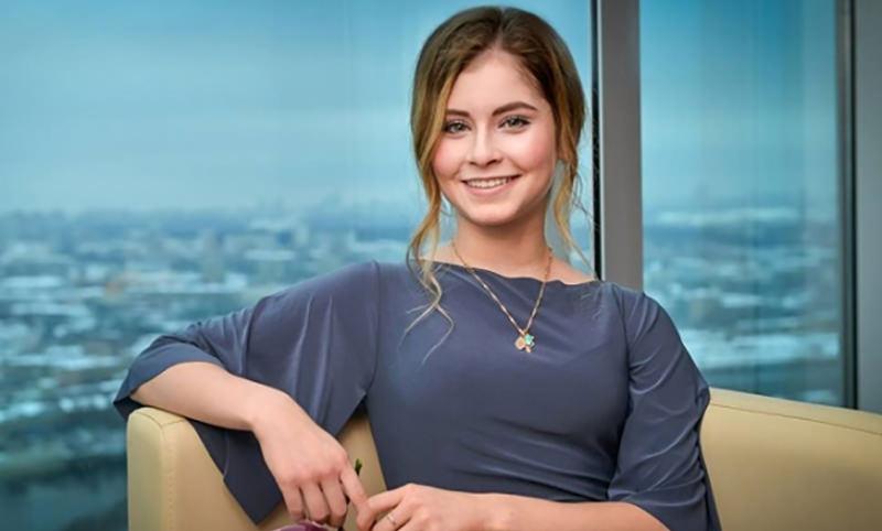Календарь: 5 июня - День звезды Олимпиады-2014 Юлии Липницкой