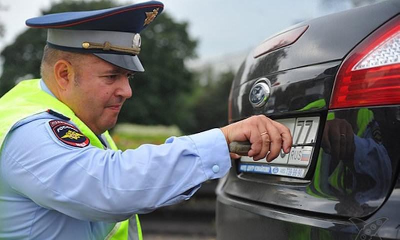 У ГИБДД появилась возможность массово лишить водителей прав. Пострадать рискуют даже невиновные