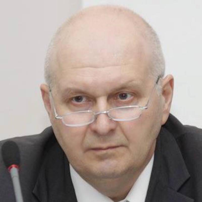 Центра исследований Глава федерального и регионального рынков алкоголя (ЦИФРРА) Вадим Дробиз.
