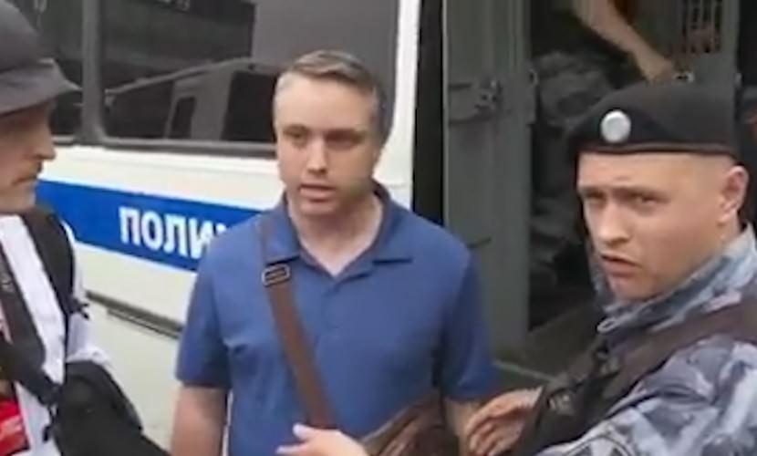 """Лайфхак: """"I am American"""" и полиция тебя отпускает - Блокнот"""