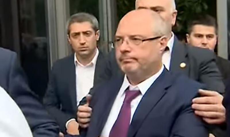Российская делегация во главе  с Гавриловым покинула  Грузию после скандала