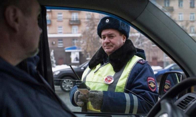 Инспекторам ГИБДД могут разрешить лишать водителей прав без суда