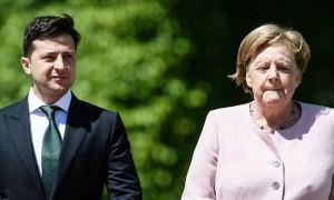 Меркель затрясло на встрече с Зеленским