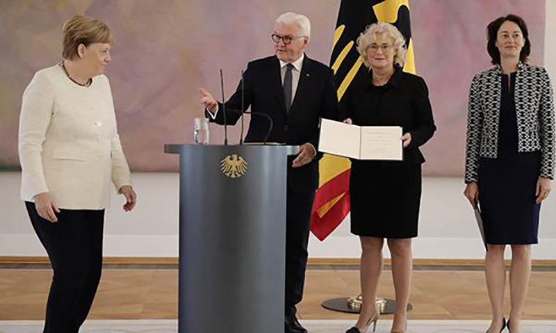 Меркель снова стало плохо на переговорах