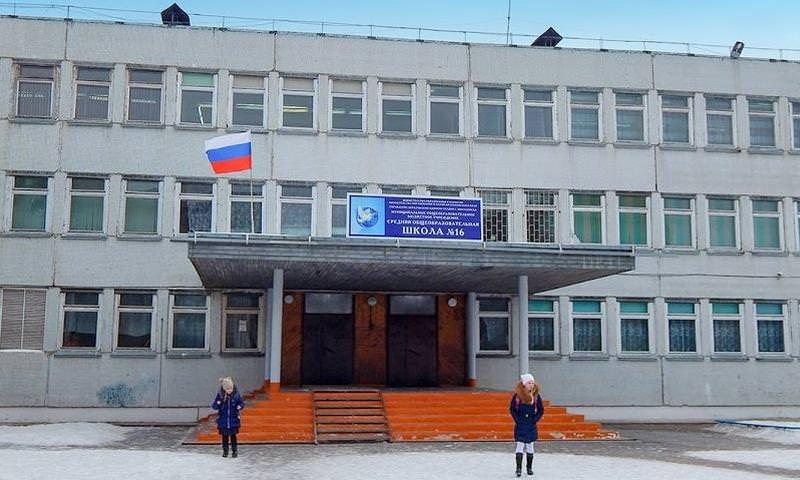 В Красноярске сняли отпечатки пальцев у второклассников для борьбы с карманниками