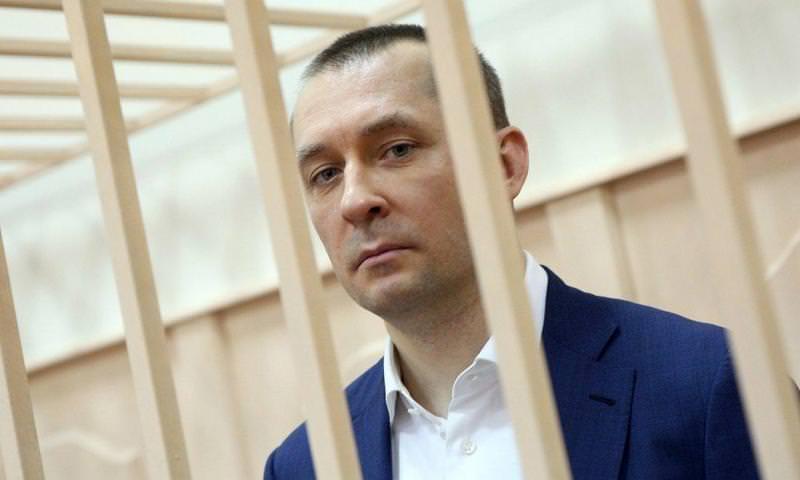 Полковник Захарченко получил 13 строгого режима