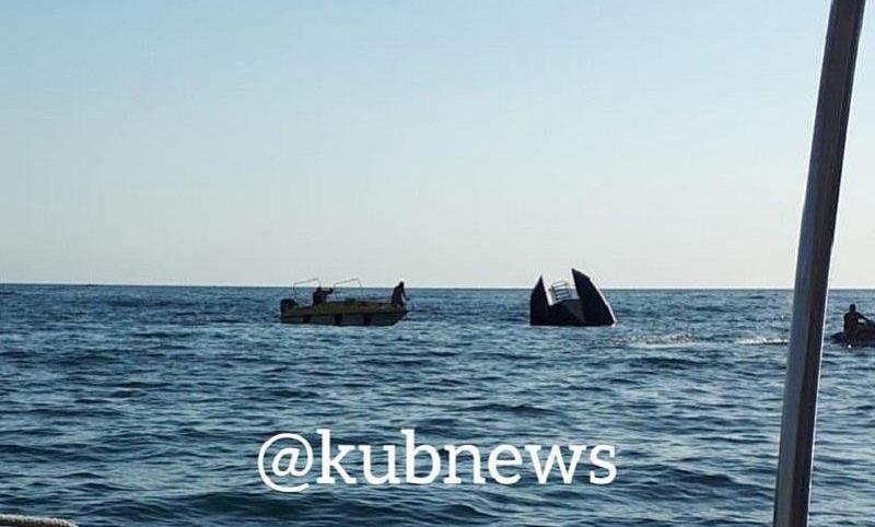 «Жадность закрыла глаза»: в Черном море перевернулось  судно с 55 людьми