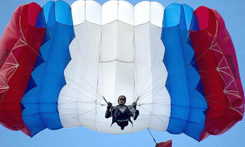 Календарь: 26 июля - День парашютиста в России