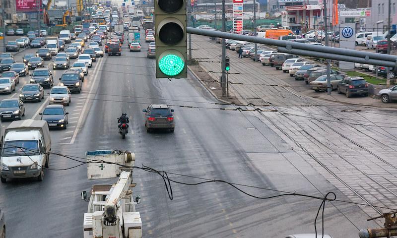 Водители нашли способ не платить штрафы. Для них всегда включен «зеленый свет»