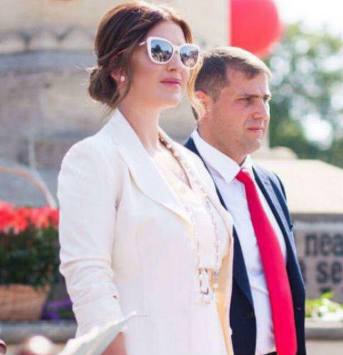 Муж Жасмин объявлен в международный розыск