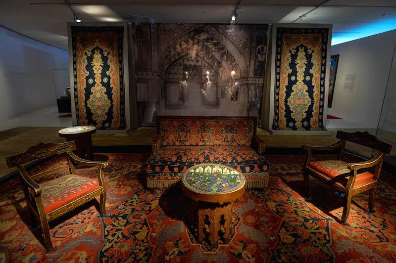 Выставка в Баку открыла миру уникальные шедевры из дворца, уничтоженного в Армении